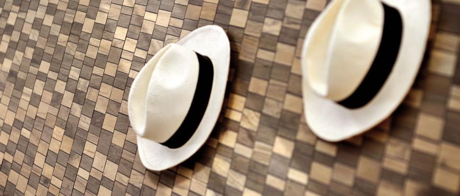 Signorino: Particolare-mosaico-con-cappelli