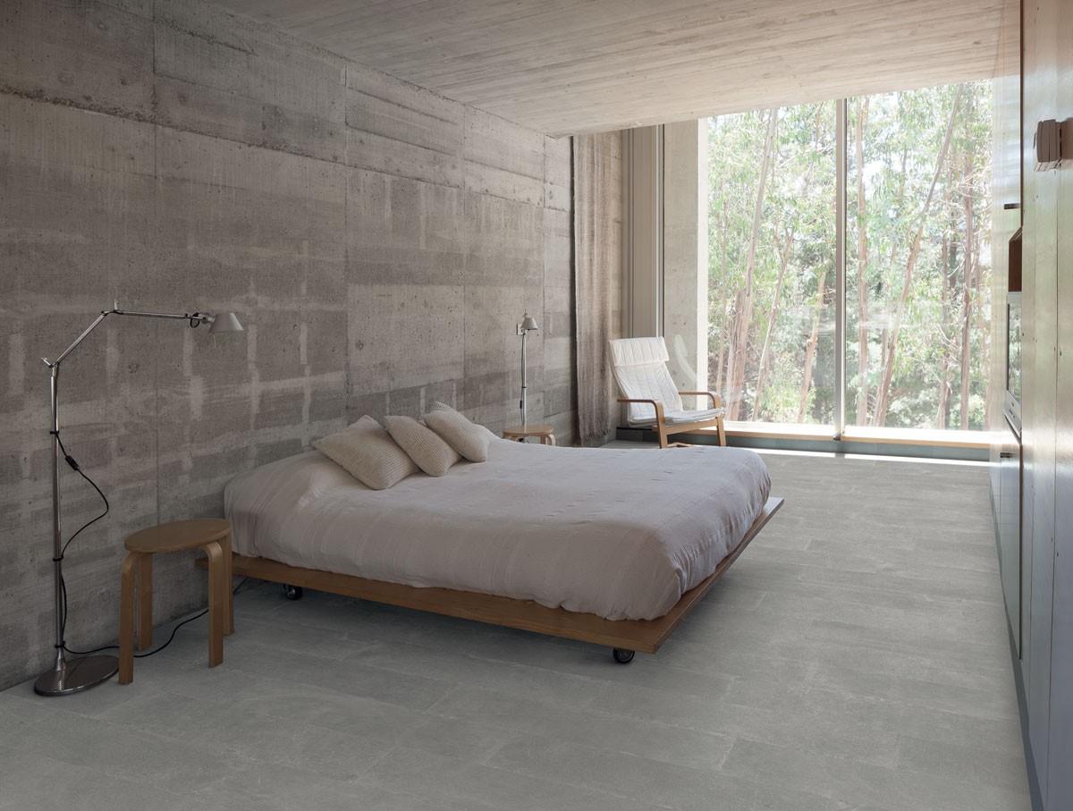 Signorino: Limestone-Light-30x120-Amb.-Camera-