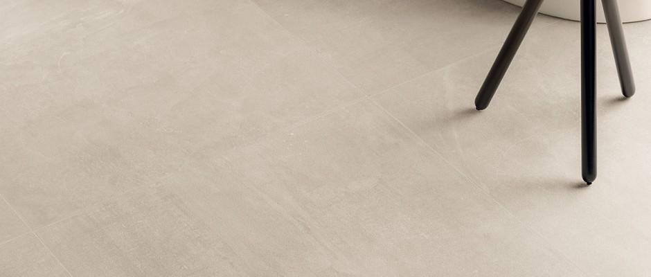 Signorino: Gesso-Taupe-Linen-80x80-Particolare-Pav.-Bagno
